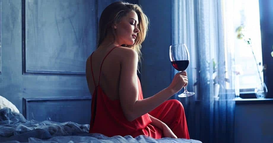 New Research Says Drinking Wine Before Bed Makes You Lose Weight